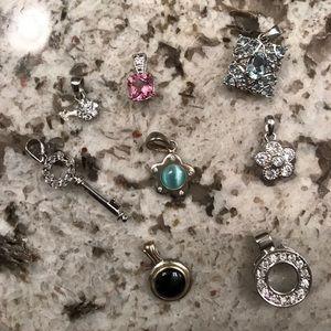 Lot of pendants-8